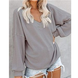 GENDRA V-Neck Long Sleeve Knit Top